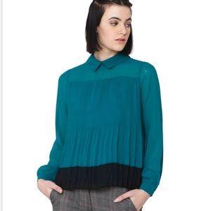 NWOT Vero Moda emerald blouse